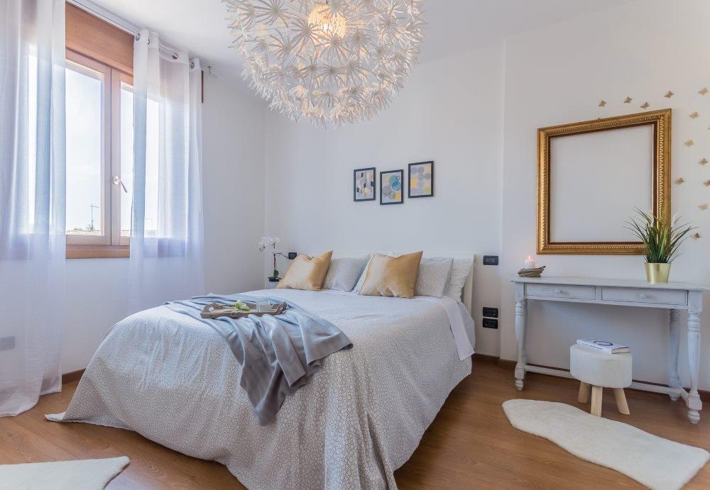 Vendere casa, come funziona oggi: L'Home Staging ce lo mettiamo noi